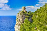 Der Torre del Verger ist ein alter Wachturm in der Gemeinde Banyalbufar auf Mallorca