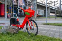 Rotes E - Bike