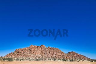 Unterwegs im Damaraland in Namibia   Driving through the Damaraland in Namibia