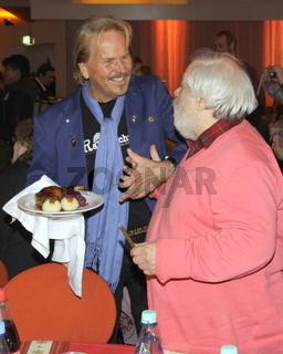Frank Zanders Weihnachstfest für Obdachlose in Berlin 2012