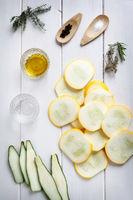 Zutaten für Zucchini Antipasti