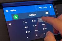 Telefonnummer auf Touchscreen wählen