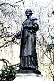 DSC_2267.JPG Emmeline Pankhurst statue