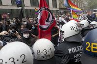 Demonstration gegen das Versammlungsgesetz in Duesseldorf