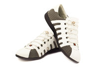 Fashionable men's sneakers new white