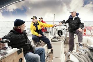 4 Segler an Bord