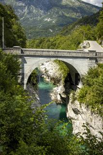 Soca Fluss in Slowenien im Sommer