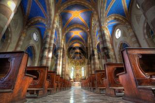 San Lorenzo cathedral interior.