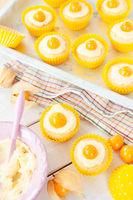Kleine Cupcakes mit Buttercreme