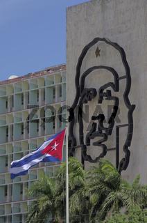 Innenministerium Kuba mit Bild von Che Guevara
