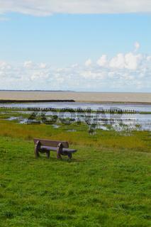 Weltnaturerbe Watt Nordsee mit Bank