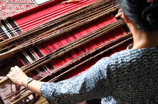 traditional malaysian loom