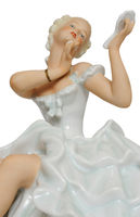 Nahaufnahme freigestellte Porzellanfigur