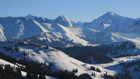High mountains in the Bernese Oberland seen from Horeflue.