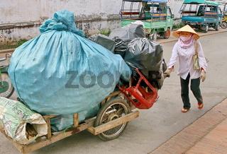 Müllsammlerin