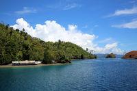 natürlicher Kanal zwischen den Inseln Muari und Mauri