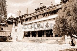 Kloster Sera   Lhasa Tibet sepia