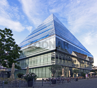 Glaspyramide Ulm
