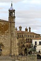 Die Plaza Major in Trujillo