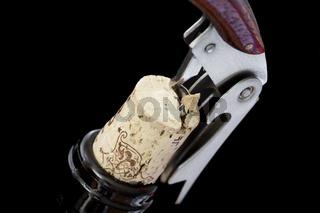 Korkenzieher auf Weinflasche