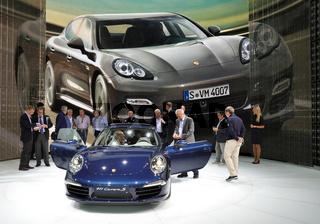 Porsche 911 Carrera S und Panamera Turbo S