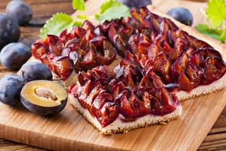 Plumcake with fresh plums