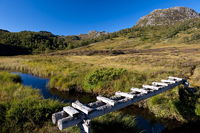 Fussbrücke im Gebirge