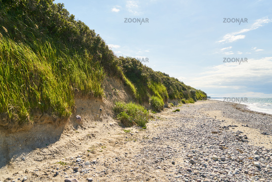 Steilküste am Strand der Ostsee bei Warnemünde