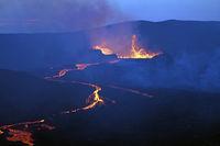 Der Vulkan Fagradalsfjall  in der Abenddämmerung