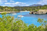 Mirador de S'Amarador im Parc natural de Mondragó einem Naturschutzgebiet im Südosten der spanischen Baleareninsel Mallorca