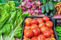 Tomaten und Salat