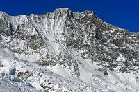 Schneebedeckter Gipfel Dom, Mischabelhörner, Saas-Fee, Wallis, Schweiz