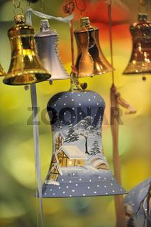 Glasglocke als Weihnachtsschmuck