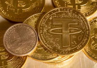 Tether coin concept used as a way of trading in Bitcoin and other alt coins with one dollar coin