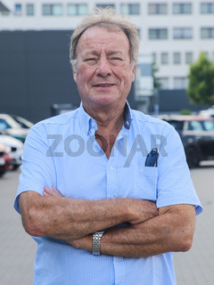 deutscher DSV Schwimmtrainer Bernd Henneberg SC Magdeburg bei Verabschiedung für Tokio Olympia 2021