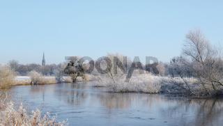 Hannover - Nördliche Leineaue, winterliche Flusslandschaft, Niedersachsen, Deutschland, Europa