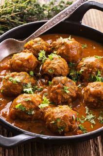 meatballs kufteh in the sauce