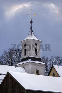 Dorfkirche im Winter