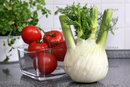 Fenchel und Tomaten