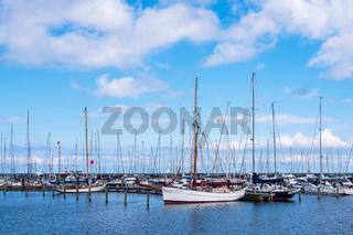 Marina an der Ostseeküste in Warnemünde