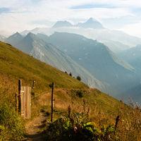 Tor und Weg zum großen Berg