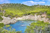 Calo d'en Monjo in der Nähe von Cala Fornells im Westen Mallorcas