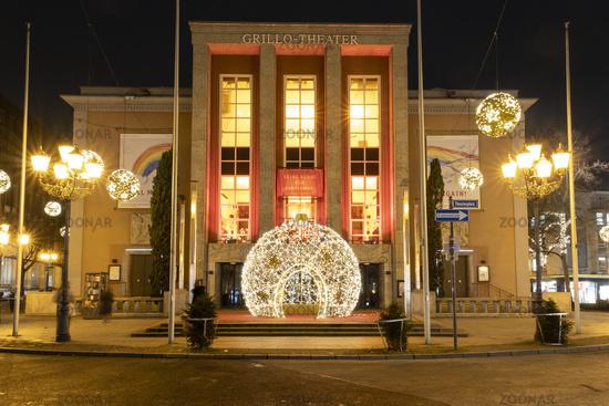 Grillo-Theater zur Weihnachtszeit, Essen, Nordrhein-Westfalen, Deutschland, Europa