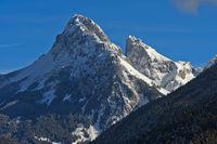 Gipfel Dent d'Oche und Château d'Oche im Winter, Bernex, Savoyer Alpen, Frankreich
