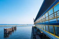 Alter Fährbahnhof im Hafen von Sassnitz auf der Insel Rügen