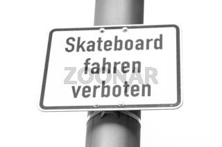 Skatebord fahren verboten