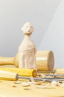 Holzbildhauern, wooden sculpting