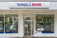 Filiale der Targo Bank Allgäu in Kempten mit Schriftzug und Emblem bzw. Logo