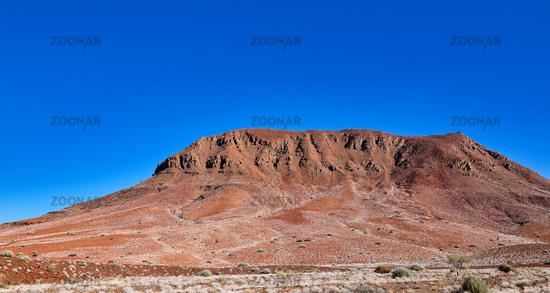 Unterwegs im Damaraland in Namibia | Driving through the Damaraland in Namibia