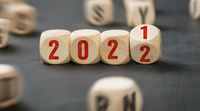 Letter dice with the numbers 2021 and 2022